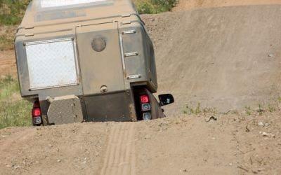 AZAR4 - Entwicklung eines Camper für 4x4 Pickup - AZAR4 00640 DSC1843 D01 min 400x250 - Der Pickup Camper gewann mit dem den klassischen Camper!